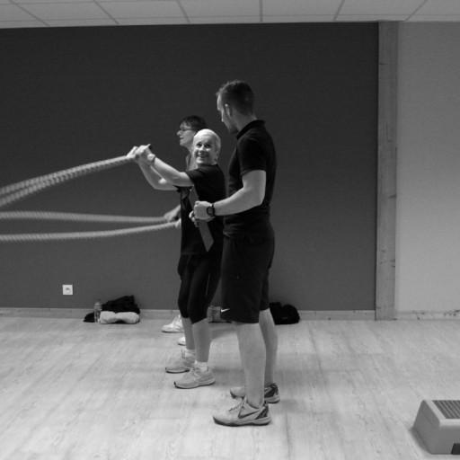 cours en groupe team training blois symbiose club de sport